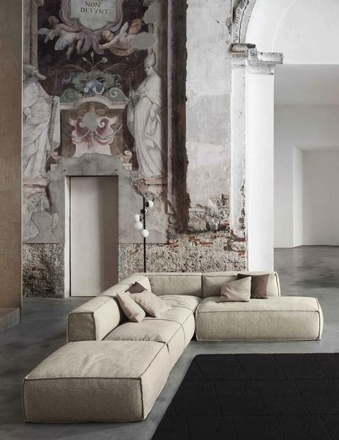 Peanut Sofa by Mauro Lipparini